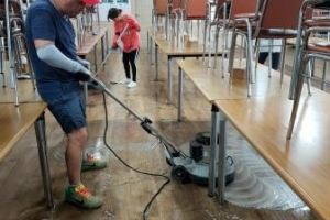 공장 식당 청소 및 왁스작업